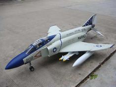 Picture of F-4J Phantom
